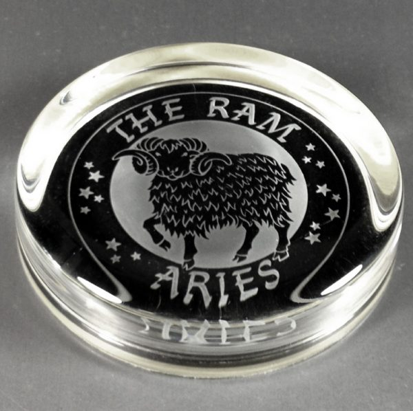 Aries Pre-engraved Flat Paperweight 9cm